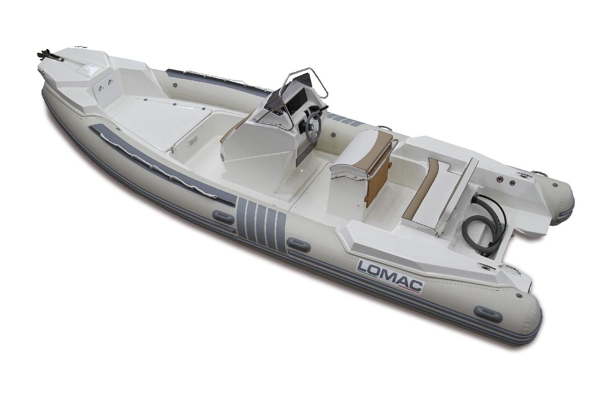 Louer semi-rigide LOMAC 710 IN